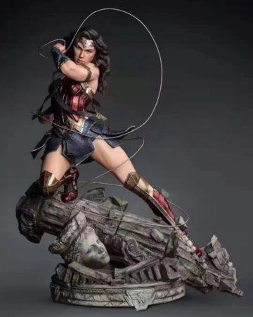 Queen Studio 1/4 Scale Wonder Women